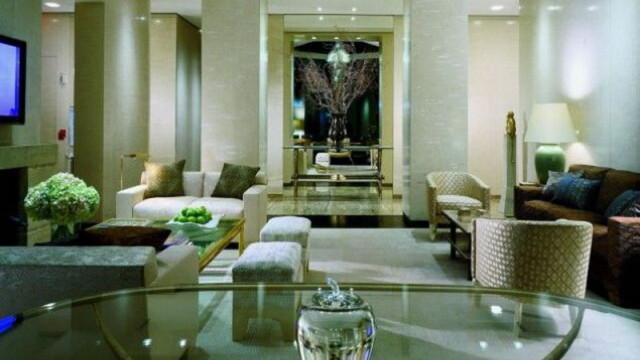Luxul la el acasa: camera de hotel de 35.000 de dolari pe noapte - Imaginea 10