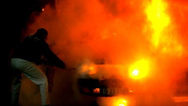 Zi dificila pentru pompierii bucuresteni, care s-au luptat cu 2 incendii