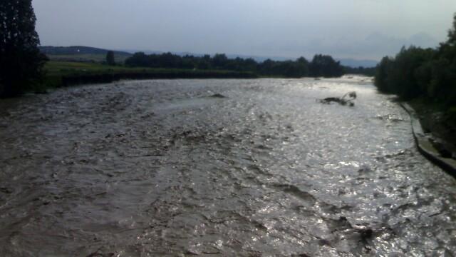 Alerta pe Dunare. VINERI, fluviul va atinge cel mai mare debit din istorie