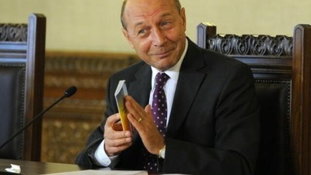 Basescu vrea imunitate pentru seful statului. \