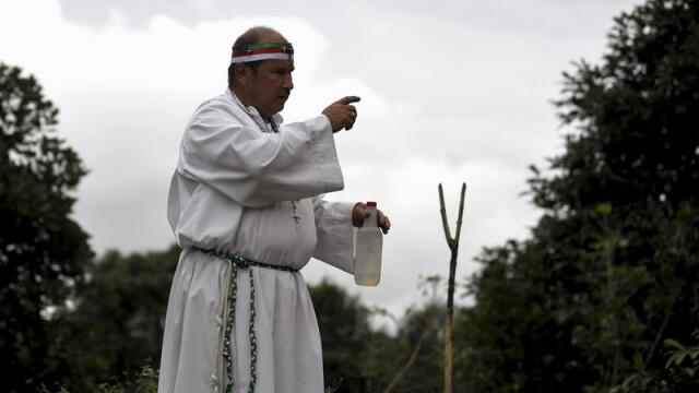 Cum scoate Diavolul din oameni un columbian. Ritual de exorcizare necenzurat - Imaginea 2