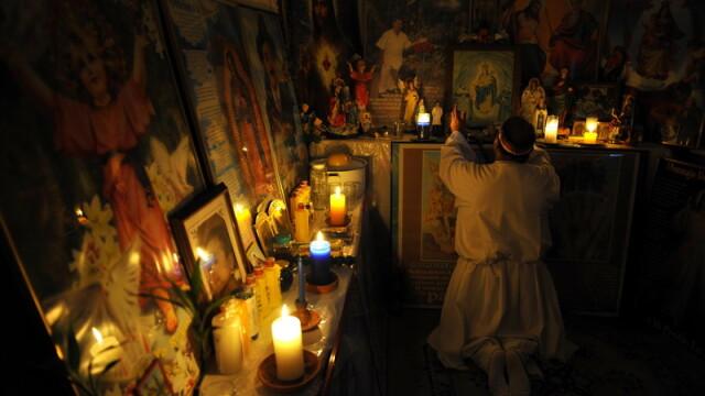 Cum scoate Diavolul din oameni un columbian. Ritual de exorcizare necenzurat - Imaginea 3