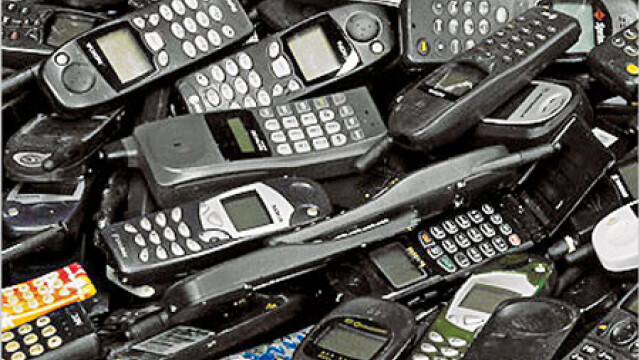 telefoane la gunoi