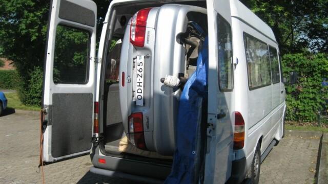 Masina in microbuz