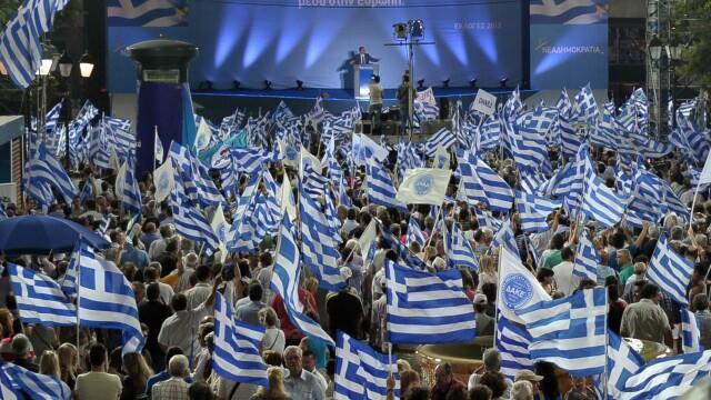 Sediul unui post TV din Atena, evacuat in urma aruncarii a doua grenade. Reactia partidelor