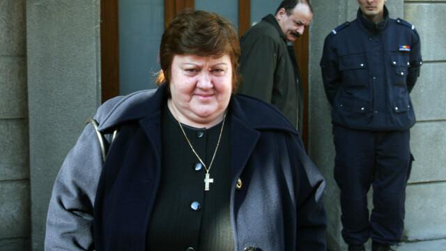 Irina Jianu a fost ridicata dintr-un imobil din Bacau dupa ce fusese data in urmarire generala