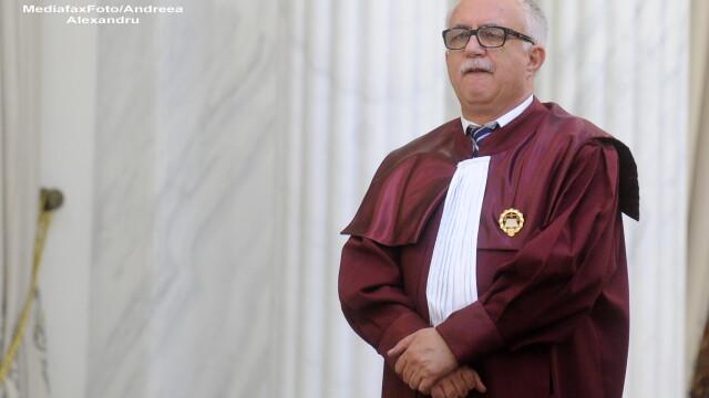Presedintele CC Augustin Zegrean candideaza pentru functia de judecator al Curtii de Justitie a UE