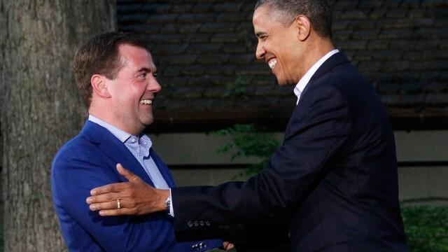 Dmitri Medvedev si Barack Obama la summitul G20 din Londra