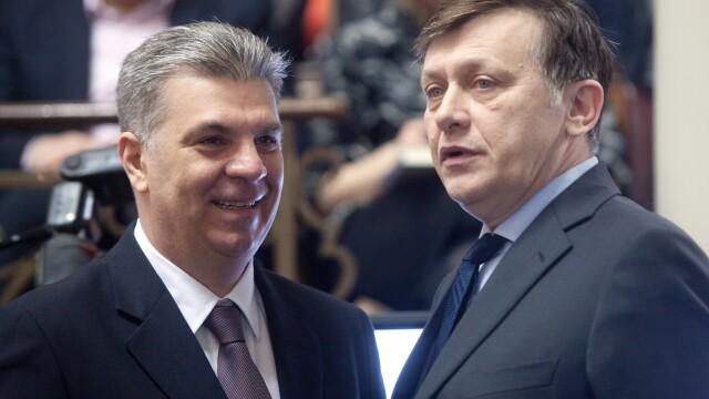 Valeriu Zgonea, Crin Antonescu