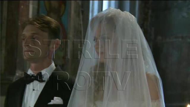 Roberta Anastase, coplesita de emotii in ziua nuntii. Miresei i s-a facut rau in biserica