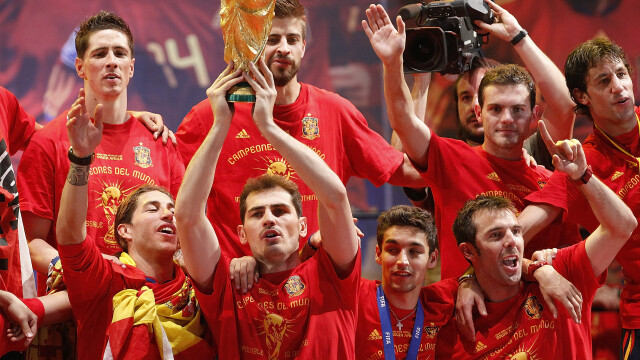 "Conchistadorii moderni si Noua Ordine Mondiala in sport. Cum a ajuns ""Furia Roja"" sa-i detroneze pe inventatorii fotbalului"