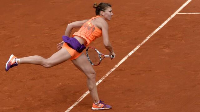 Numeroasele fețe ale Simonei Halep. Sports Illustrated: Romanca e cea mai gratioasa jucatoare de la Roland Garros - Imaginea 2