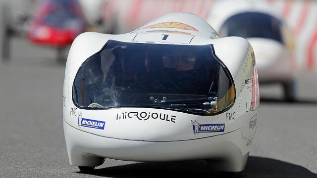 Masina care consuma 16 bani la suta de km sau benzina de cel mult 20 lei/an - Imaginea 2