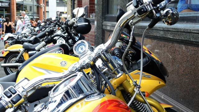 Harley Davidson - 14