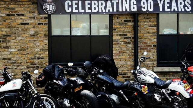 Harley Davidson - 27