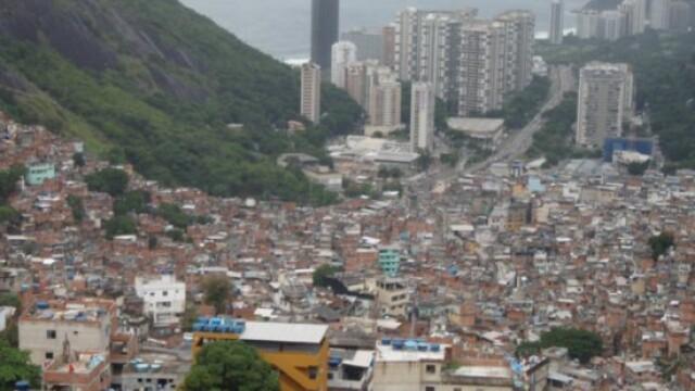 Campionatul Mondial de Fotbal, Brazilia 2014. Cum se vede competitia din mahala:
