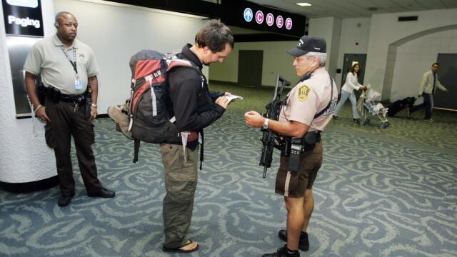 Un roman a fost arestat pe aeroportul din Miami din cauza unui dispozitiv din bagaje: \