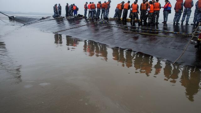 Tragedie in China. Premierul Li Keqiang conduce operatiunile de salvare, insa sunt sanse mici de a gasi supravietuitori - Imaginea 3