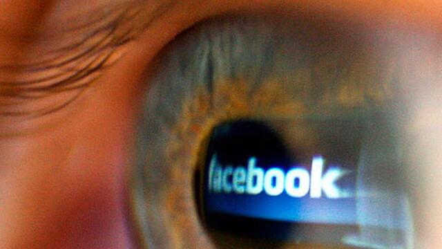 Facebook e acuzata dur dupa ce a refuzat sa stearga un clip socant cu un bebelus maltratat