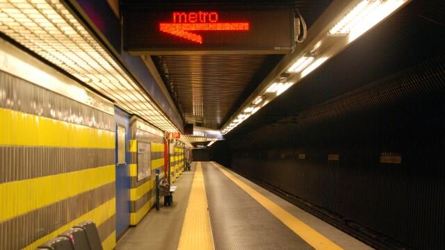Accident la metroul din Roma. 12 persoane au fost ranite dupa coliziunea a doua trenuri. VIDEO