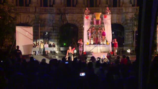 spectacol Felliniana in Bucuresti