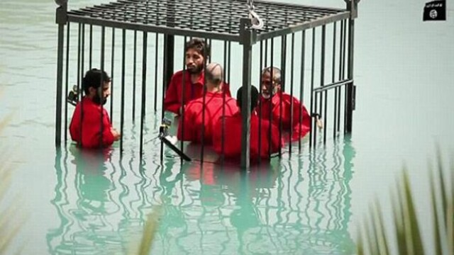 Statul Islamic, noi inregistrari socante. ISIS publica imagini in care prizonerii sunt inecati sau executati cu o bazooka