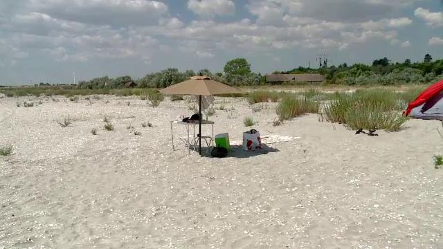 Sanctiuni usturatoare pentru turistii care campeaza pe plajele salbatice de la Corbu si Vadu. La ce sume se ridica amenzile