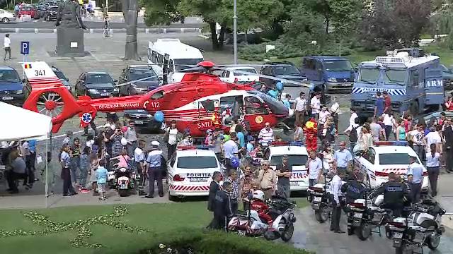 Mii de copii si-au petrecut ziua alaturi de politisti. Dragos Bucurenci li s-a alaturat agentilor MAI