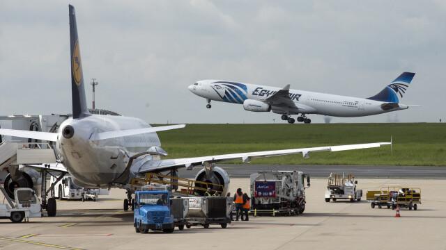 France 3: Airbusul EgyptAir a aterizat de urgenta de cel putin trei ori, cu 24 de ore inainte sa se prabuseasca