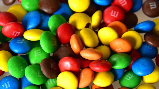 Tara care a interzis bomboanele \