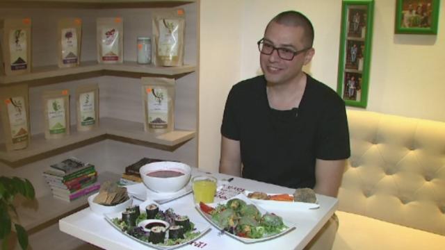 Numarul vegetarienilor din Romania creste de la an la an. Ce spun medicii despre consumul excesiv de legume si fructe crude