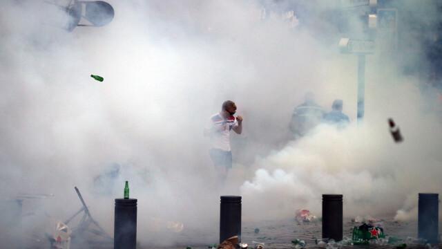 UEFA le ameninta pe Anglia si Rusia: ambele echipe risca sa fie excluse din competitie daca fanii lor mai au derapaje - Imaginea 9