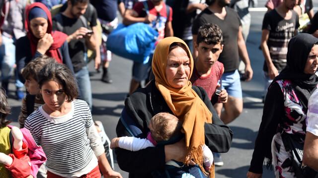 Germania: Un barbat a tras cu arma cu aer comprimat asupra unui centru de refugiati, ranind o fetita si un adolescent