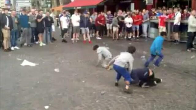 Suporterii englezi au umilit cativa copii romi care cerseau in Lille. Le Parisien: \