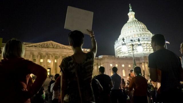 protest in fata cladirii Congresului american