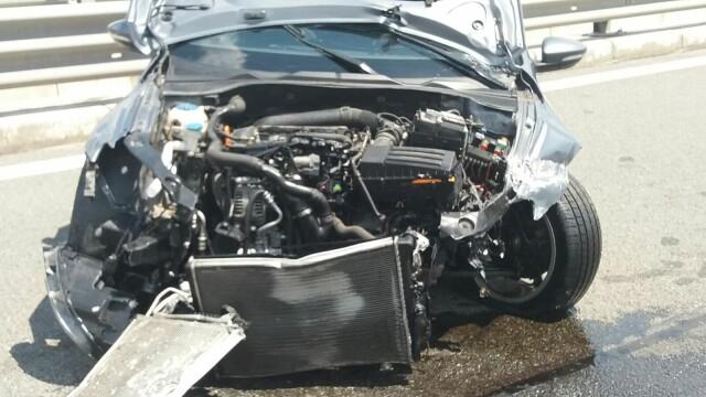 Un sofer din Alba s-a izbit cu 236 km/ ora in parapetul metalic, pe A3, dupa ce \