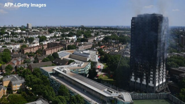 Incendiu violent la Londra. Turn cu 27 de etaje cuprins de flacari: 12 morti, 74 de raniti - 20 in stare critica - Imaginea 10