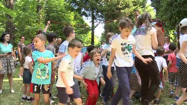 Cum au petrecut copiii ziua de 1 iunie, în Bucureşti. \