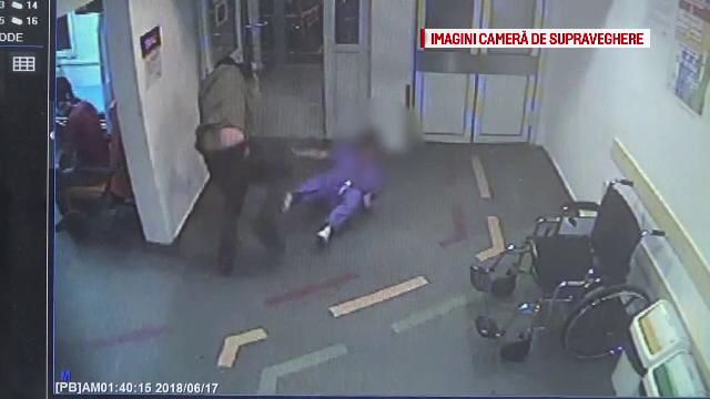 Momentul în care o asistentă din Brașov este lovită de un pacient care a recunoscut că se drogase