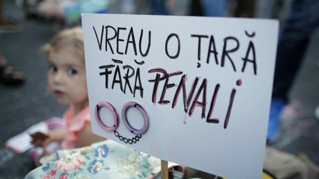 protest, piata victoriei, - 1
