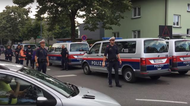 Româncă moartă în Austria, după o ceartă cu iubitul, tot român. Ce au descoperit polițiștii în casa lor