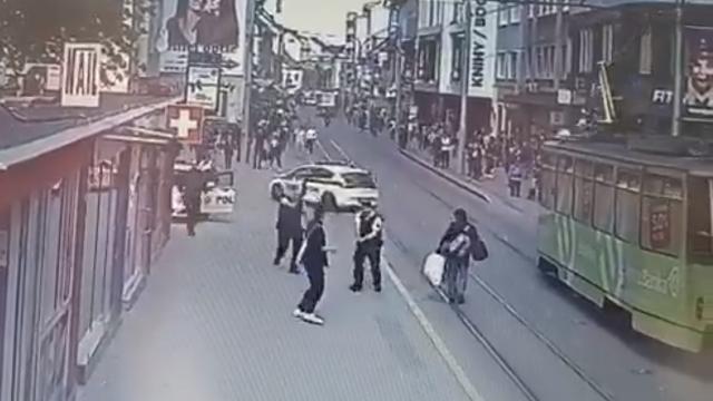 atac cu cutitul in Bratislava