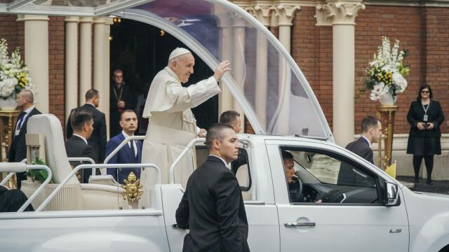 Papa Francisc în România. 150.000 de pelerini au fost alături de Papă, la Iași, în a doua zi a vizitei. VIDEO - Imaginea 2