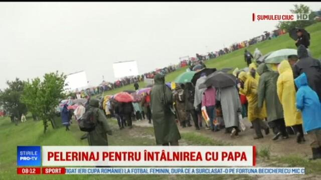 Papa Francisc în România. 150.000 de pelerini au fost alături de Papă, la Iași, în a doua zi a vizitei. VIDEO - Imaginea 3