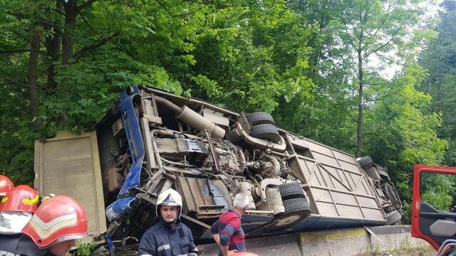 Plan Roşu, după ce un autocar cu copii s-a răsturnat între Pârâul Rece şi Râşnov - Imaginea 3