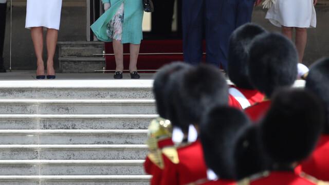 """Melania Trump, apariție în stil """"My Fair Lady"""" în Marea Britanie. GALERIE FOTO - Imaginea 1"""