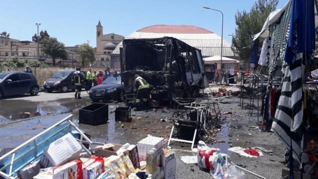 Explozie într-o piață din Italia: sunt 20 de răniți, dintre care 4 grav. VIDEO - Imaginea 2