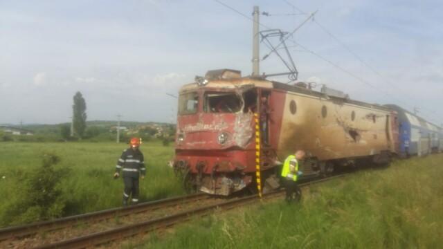 ANIMAȚIE GRAFICĂ cu trenul deraiat după ce a lovit un camion în Bacău - Imaginea 15