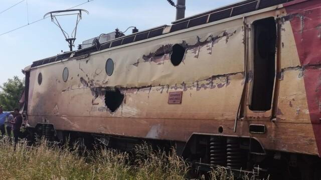 ANIMAȚIE GRAFICĂ cu trenul deraiat după ce a lovit un camion în Bacău - Imaginea 14