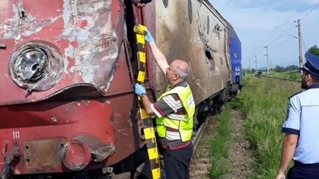 ANIMAȚIE GRAFICĂ cu trenul deraiat după ce a lovit un camion în Bacău - Imaginea 12